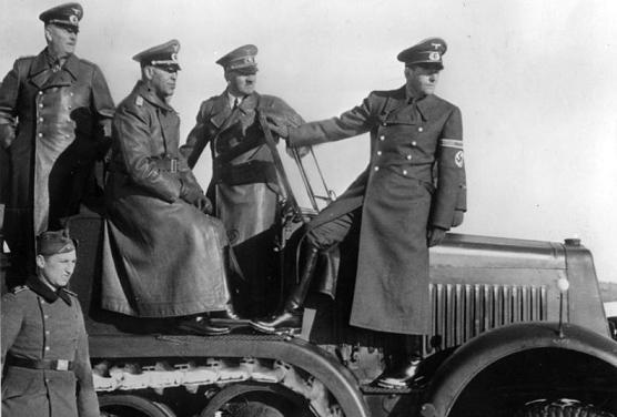 كيف استطاعت المخابرات السوفيتية تجنيـد جنرال نـازي؟ Hitler.MNTL