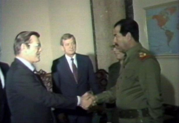 ابرز صفقات شراء الاسلحه للجيش العراقي للاعوام 1921 - 1988  Ramsfeld.Sdm