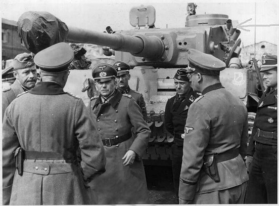 الجنرال الالماني هاينز غودريان  Heinz%20Guderian.1