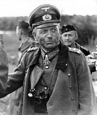 الجنرال الالماني هاينز غودريان  Heinz%20Guderian.4