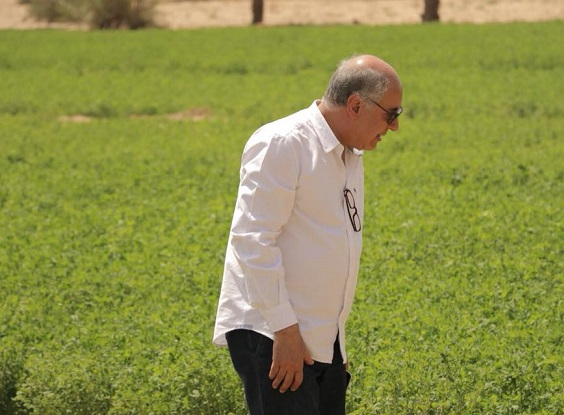 أهم وزراء العراق .. حزين على غزالتيه!!  Ray.1